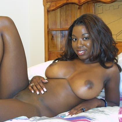 Sexy schwarze Frauen beim nackt chatten